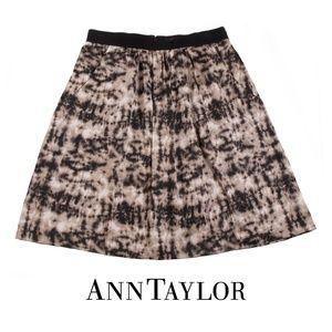 Ann Taylor Silk Blend Skirt Black Tan Print - 0